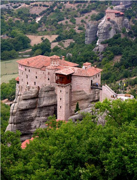 Meteora, Greece: Top 10 Incredibly Isolated Monasteries